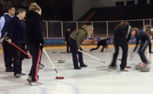 Curling in MG